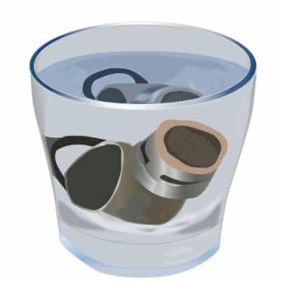 installer un mousseur sur un robinet en 5 temps. Black Bedroom Furniture Sets. Home Design Ideas