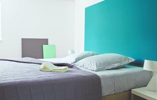 fabulous free agrandir une pice en peignant les murs en bleu with comment peindre une chambre pour l agrandir with comment peindre sa chambre - Comment Peindre Une Chambre Pour L Agrandir