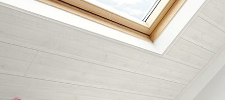 Peindre plafond lambris conceptions architecturales for Peindre plafond lambris