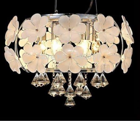 Lustre floral pour une décoration luminaire plafond